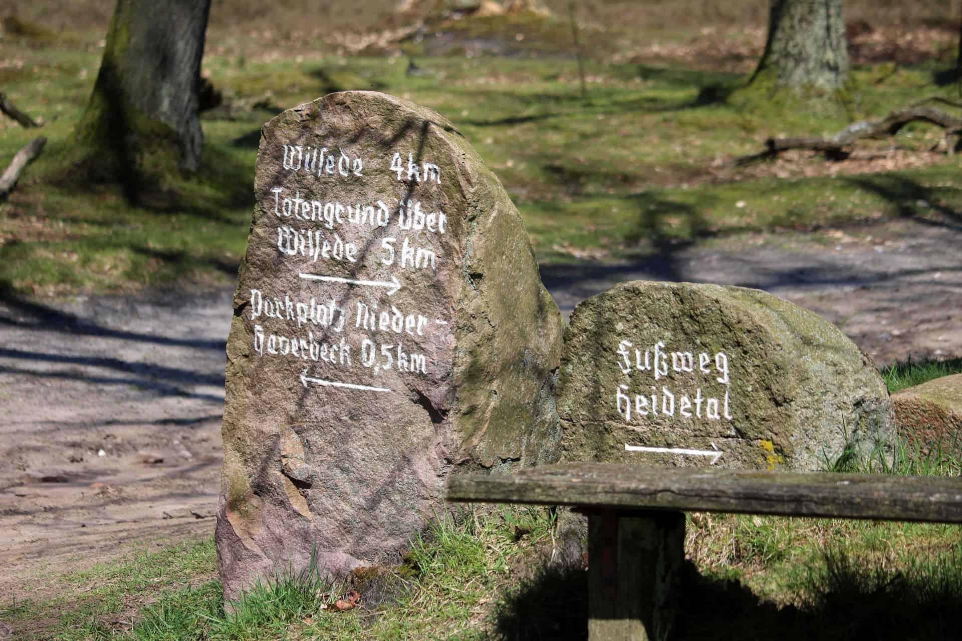 Wegweiger im Naturschutzgebiet Lüneburger Heide