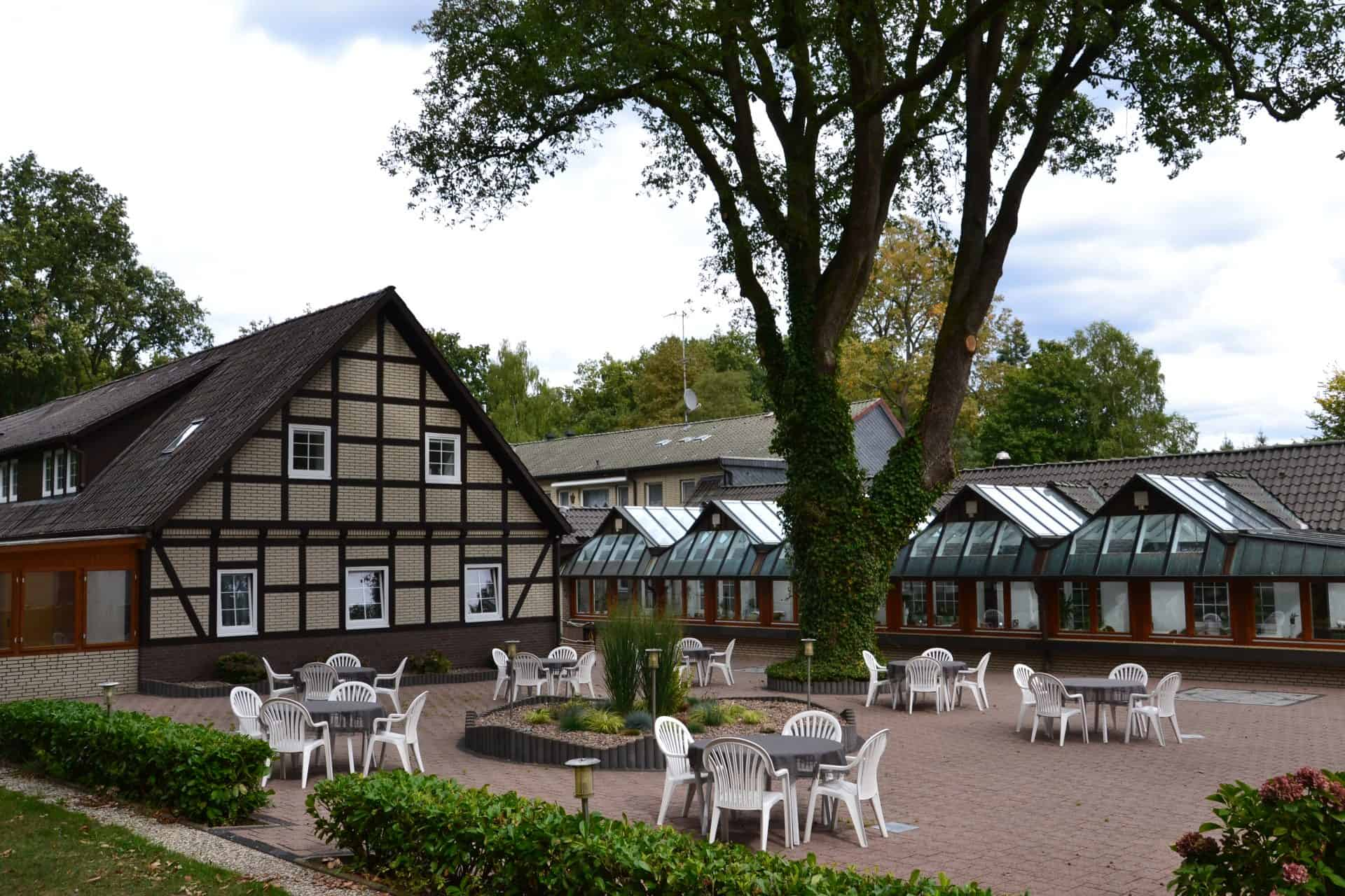 Kaffeegarten - Hotel Restaurant Café Hof Barrl, Schneverdingen