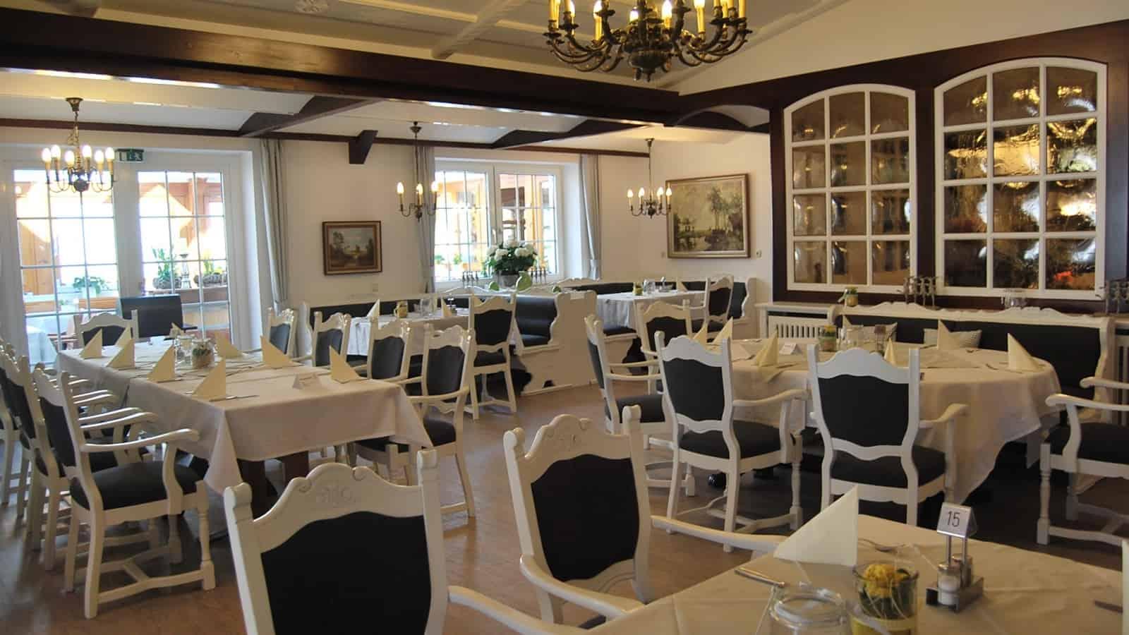 Gastraum im Restaurant Hof Barrl
